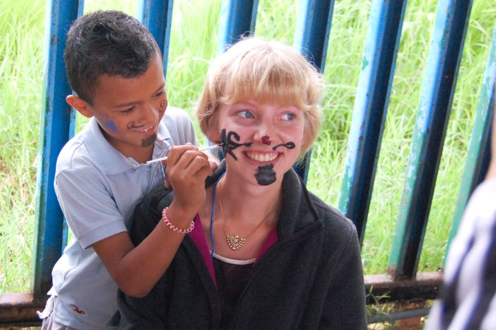 1000 Words: Face Painting in Costa Rica